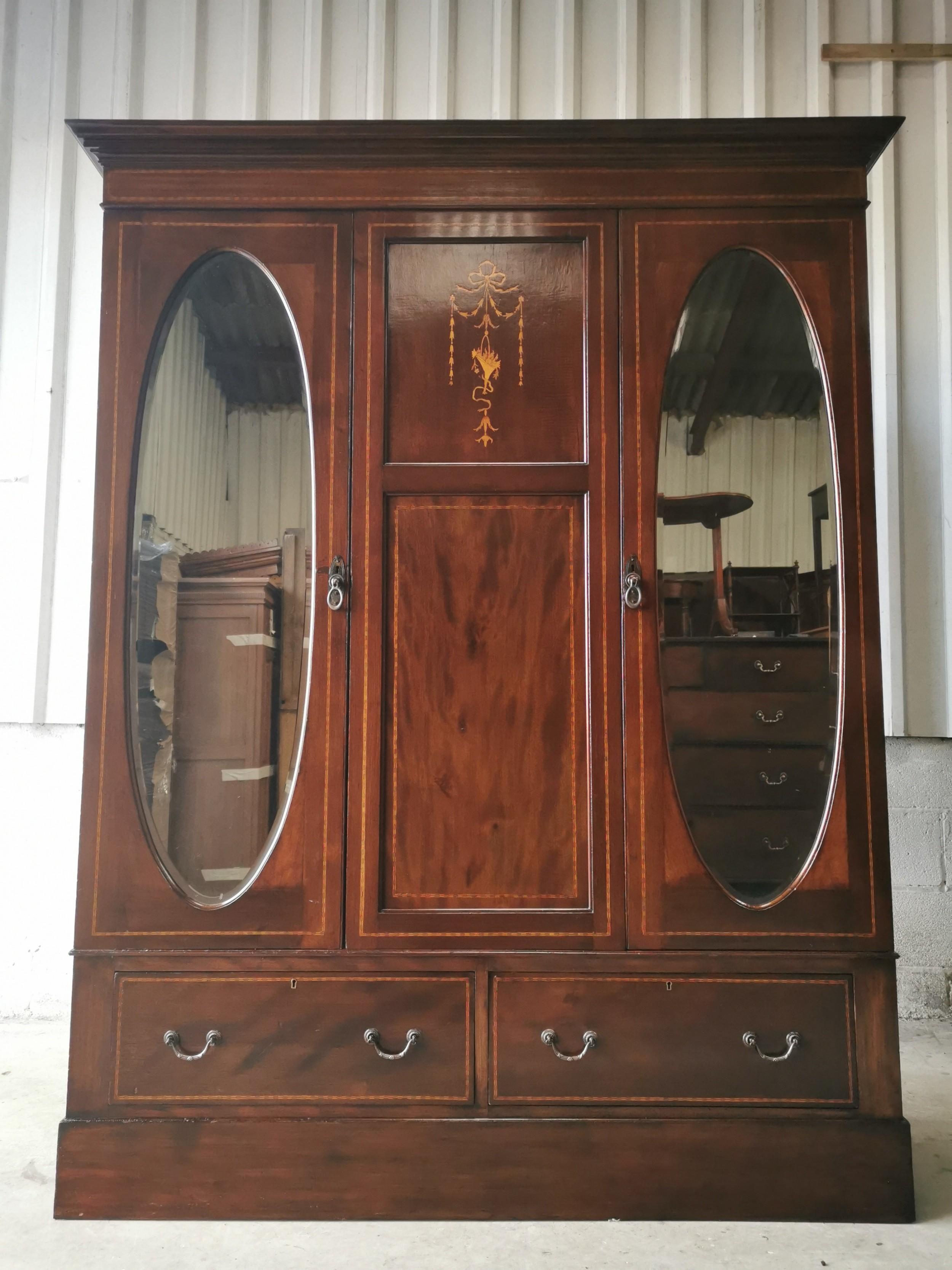 antique vintage edwardian flame mahogany triple wardrobe armoire compactum