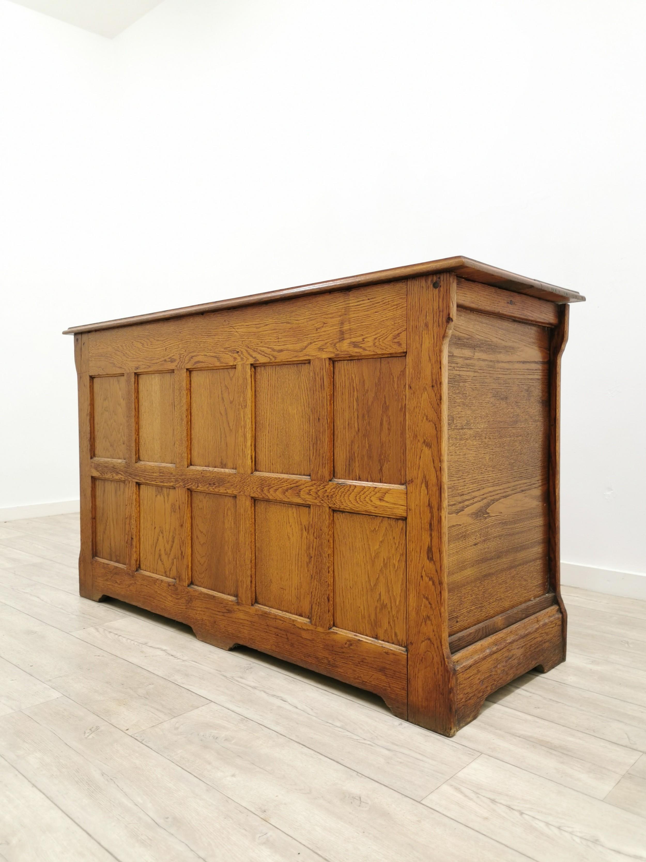 antique early 20th century arts crafts golden oak blanket linen box chest