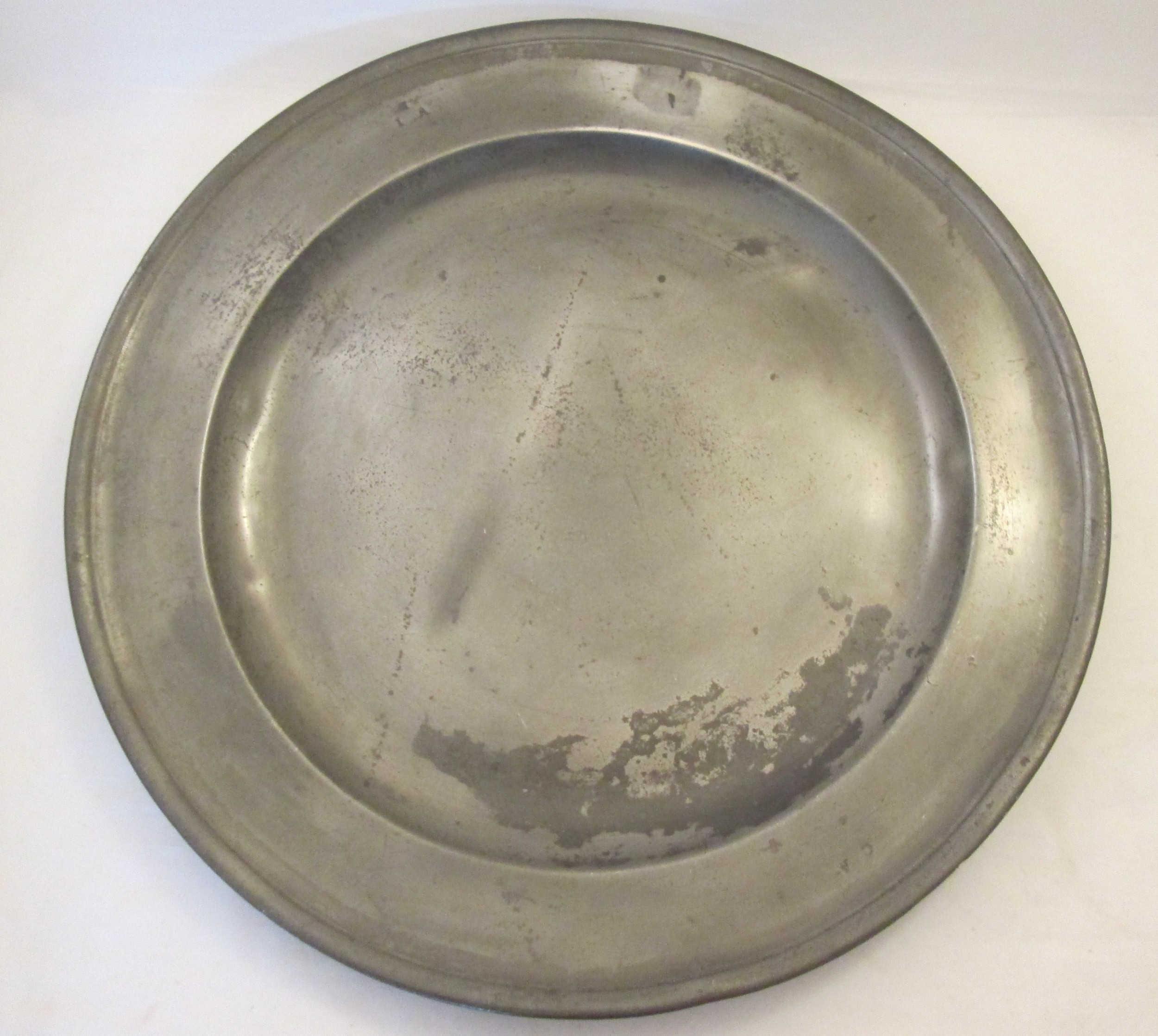 a large early 18thc pewter charger spackman 18
