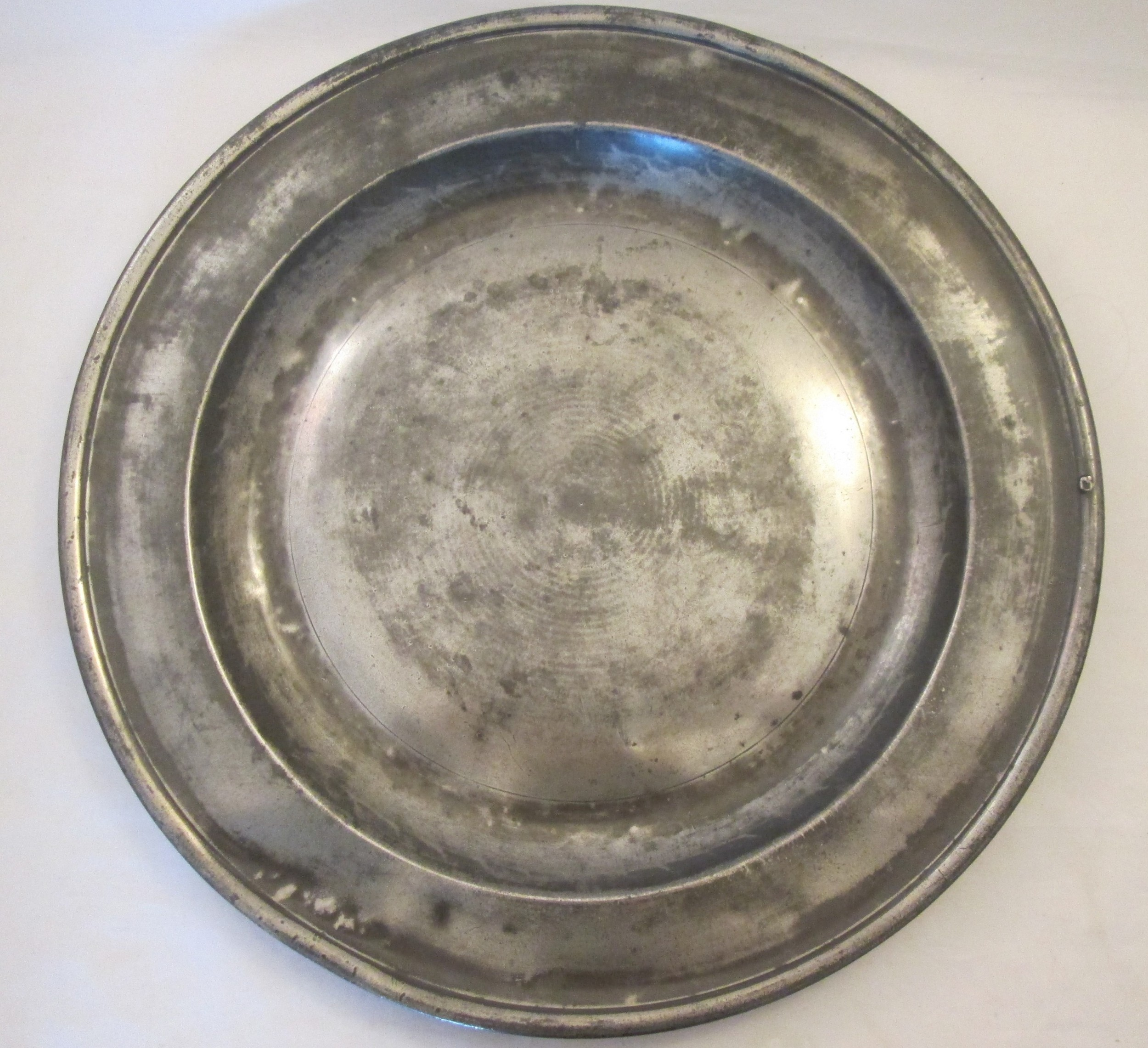 18th century pewter charger 165