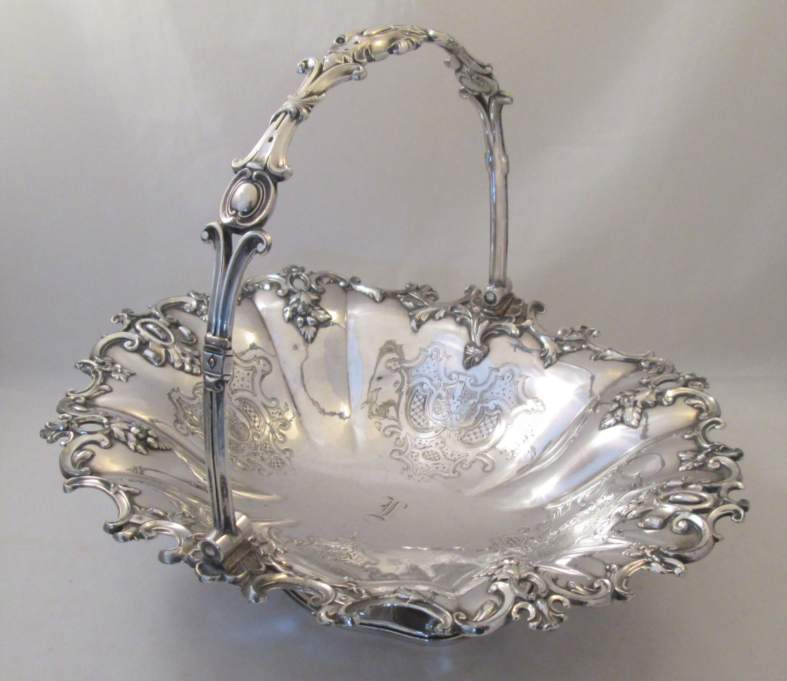 fine ornate 19th century silver plated bread basket