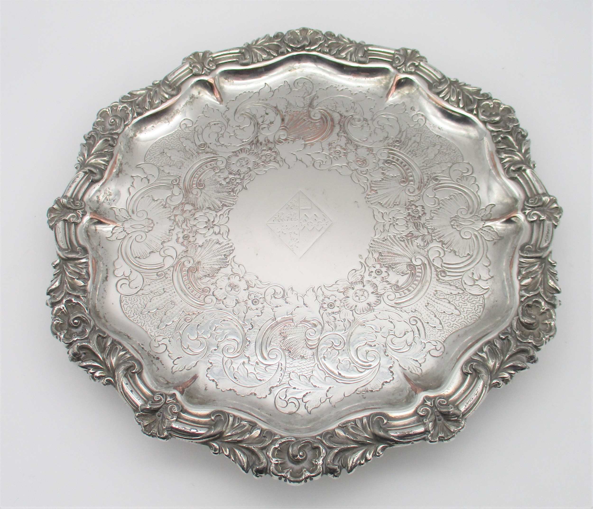 a fine old sheffield plated waiter drinks tray c1830