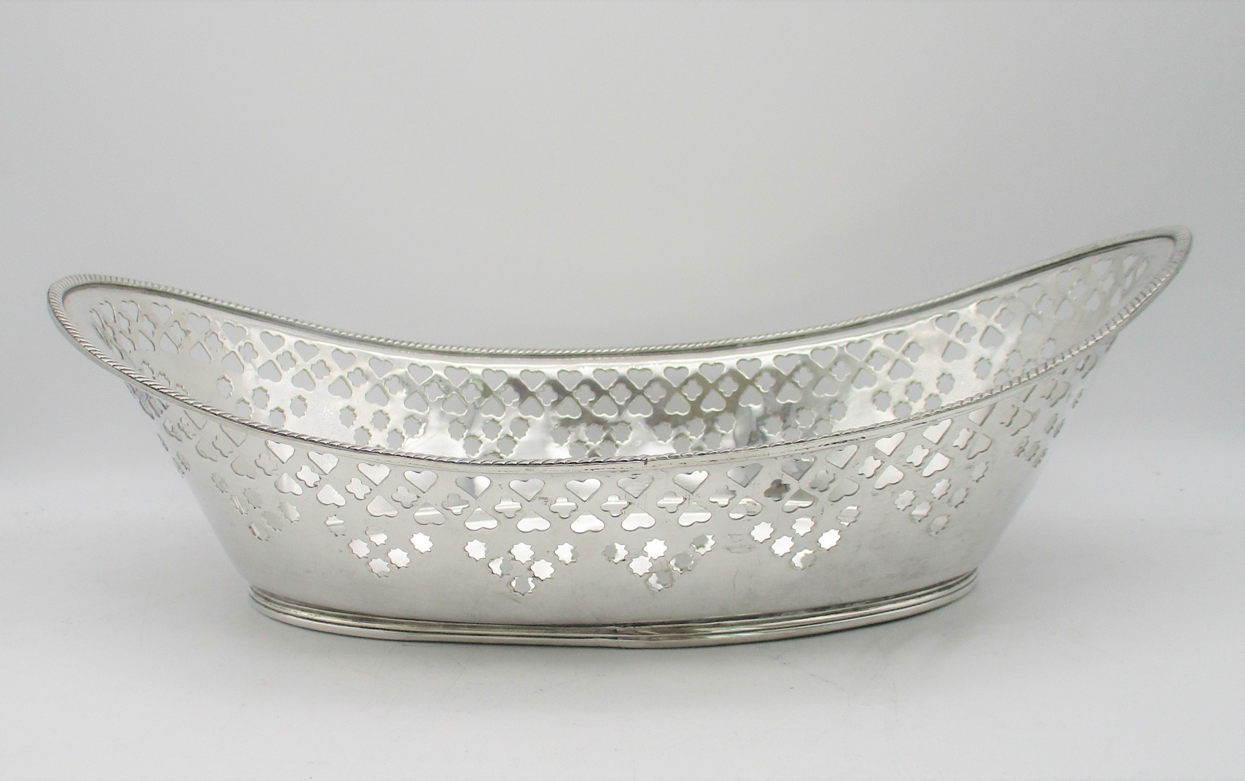 very large mid 19th century silver plated bread basket