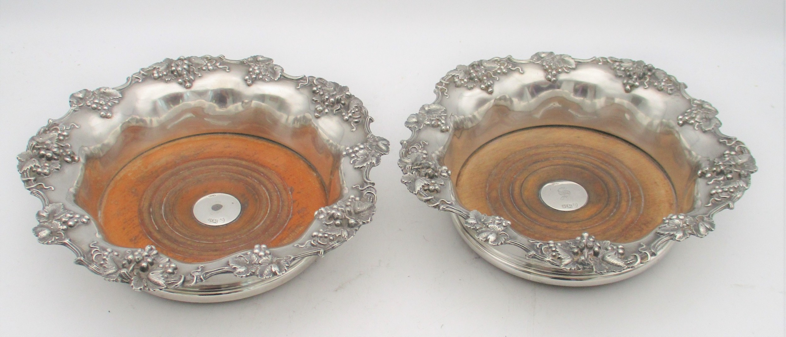fine pair of old sheffield plated wine bottle coasters c1840