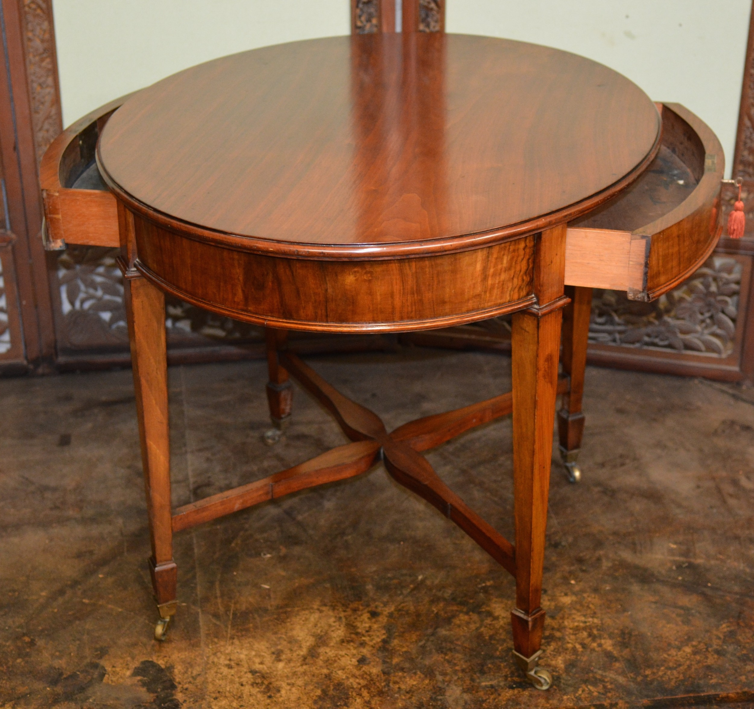 antique walnut oval centre table