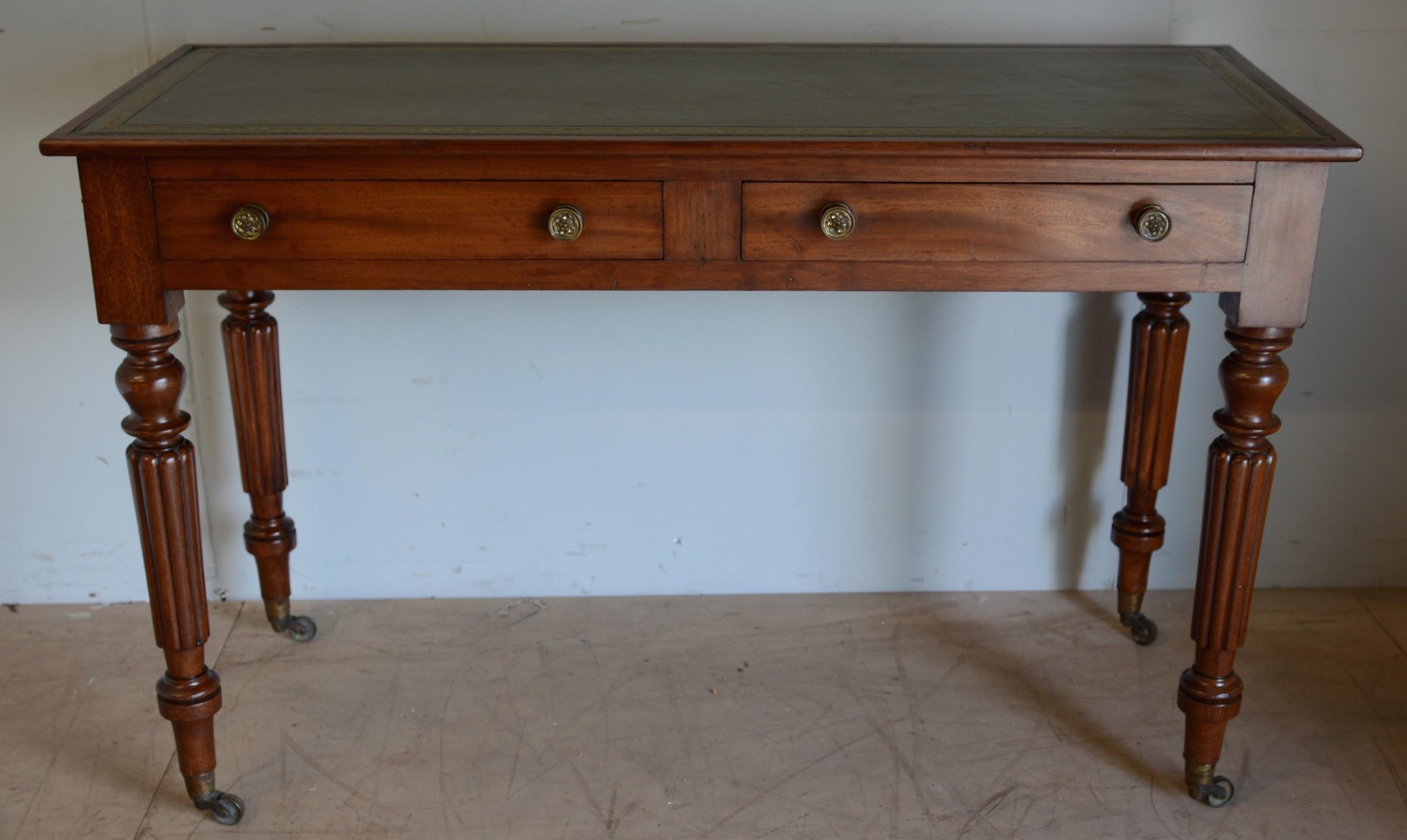 mahogany 2 drawer writing table