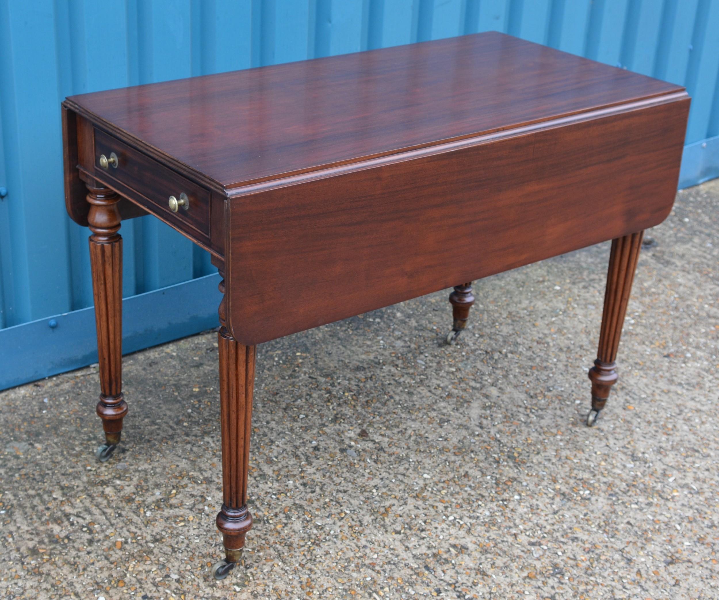 mahogany drop leaf table