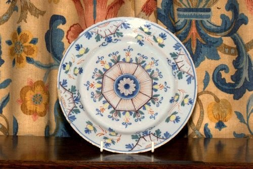 18th century delft plate - photo angle #2