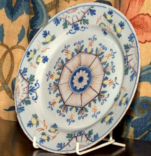 18th century delft plate - photo angle #3