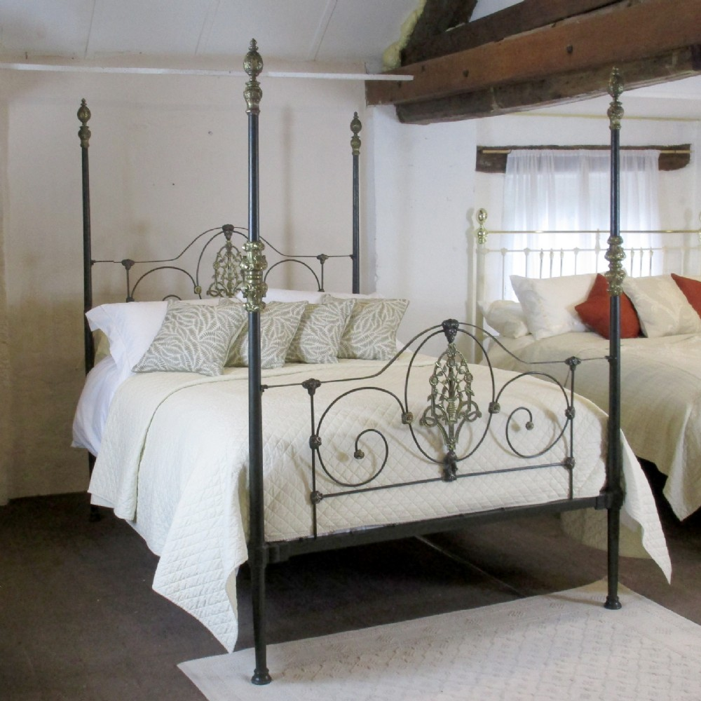 Cast iron four poster bed m4p11 361615 - Bedspreads for four poster beds ...