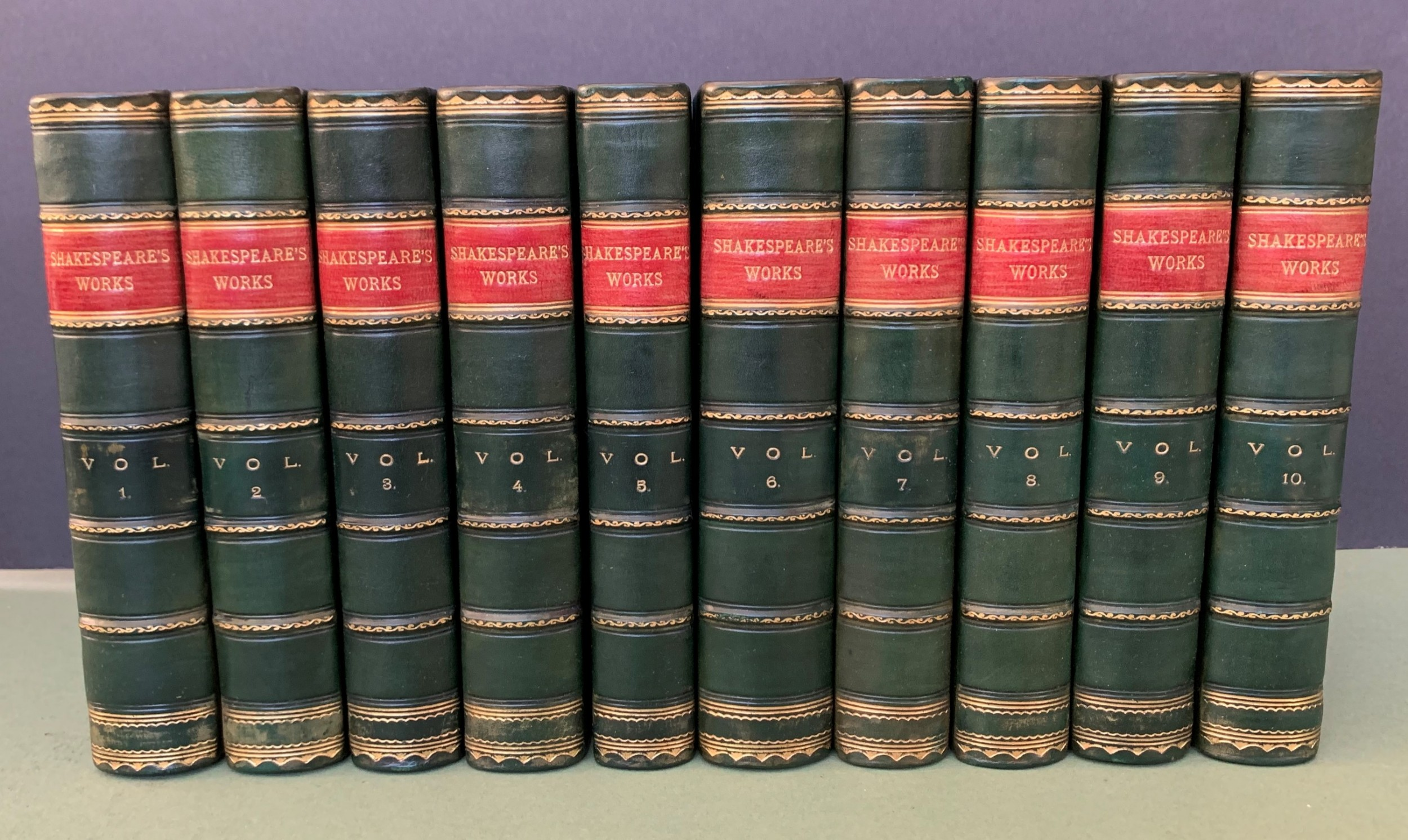 handsomely bound 10 book set of the dramatic works of william shakespeare dated 1892