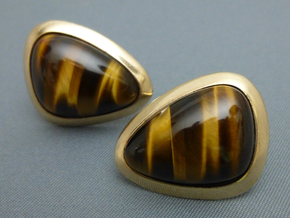 9ct gold and tigers eye cufflinks
