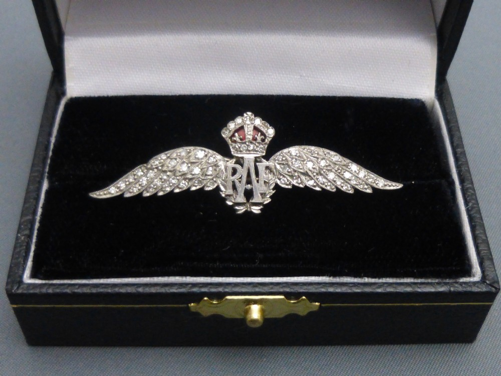 18ct White Gold And Diamond Set Raf Sweetheart Brooch