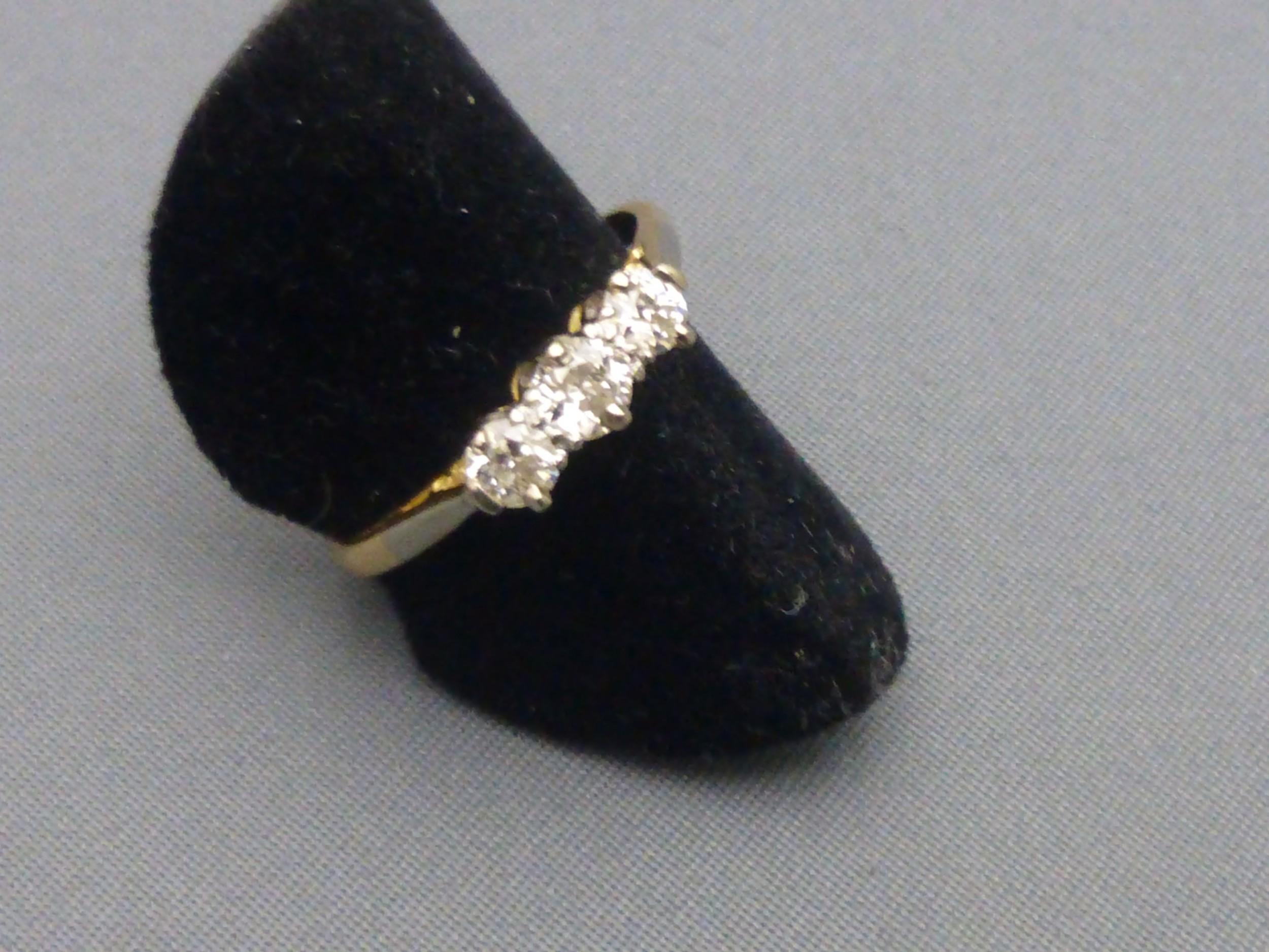 1930s 3 stone diamond ring