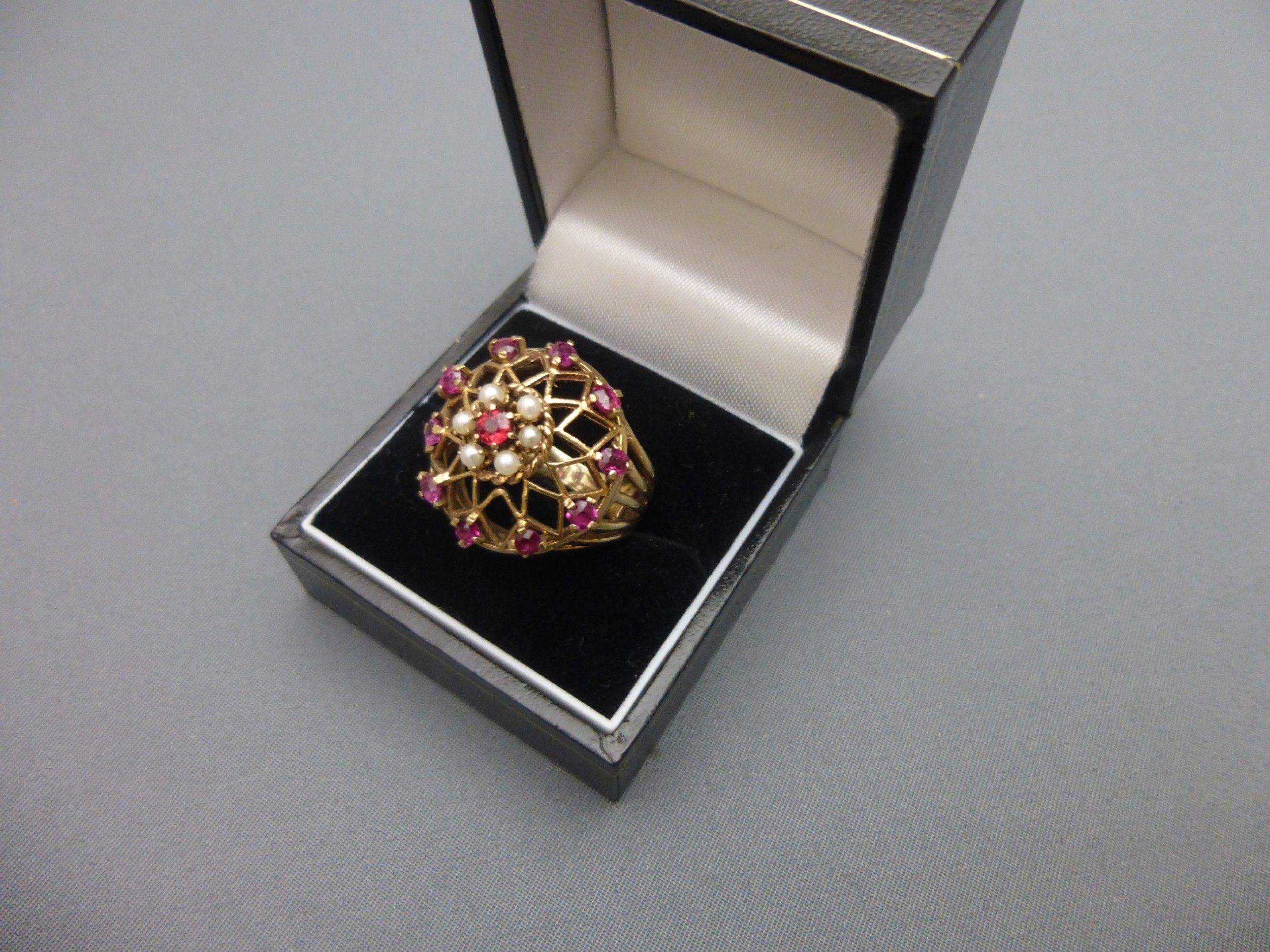 9ct goldruby and pearl ring