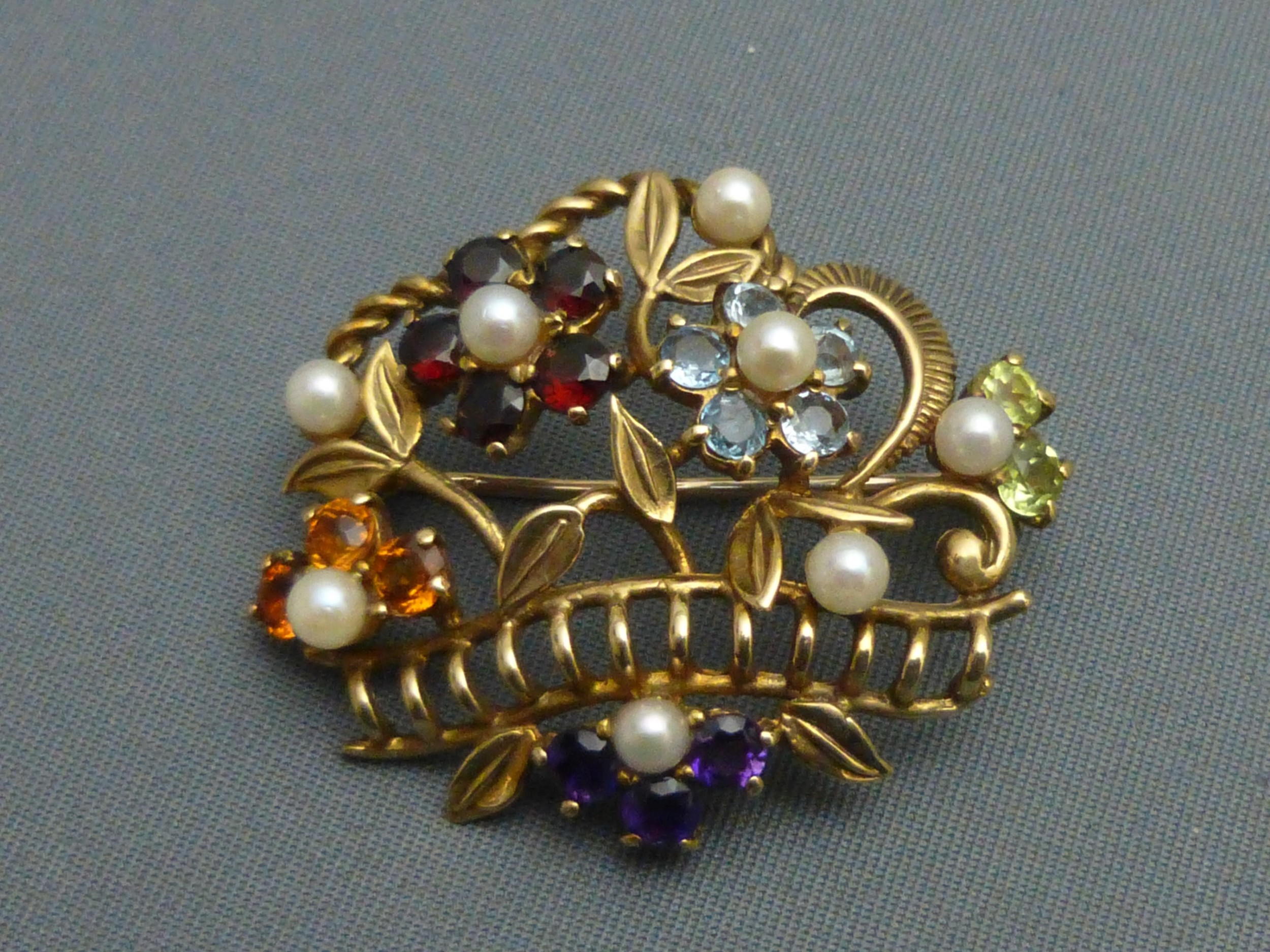 9ct gold and gemstone set basket brooch