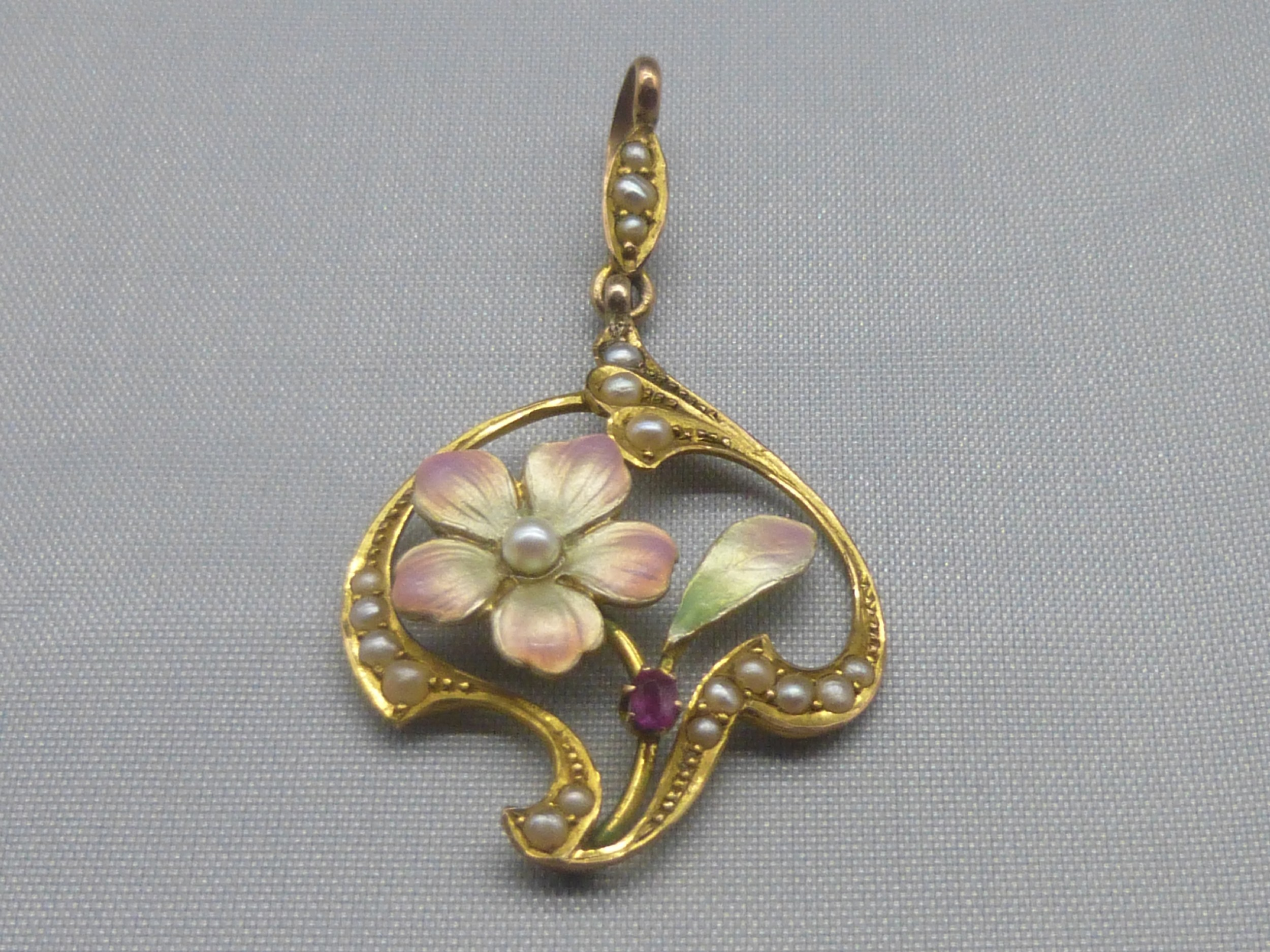 antique edwardian 9ct goldenamelruby and pearl pendant