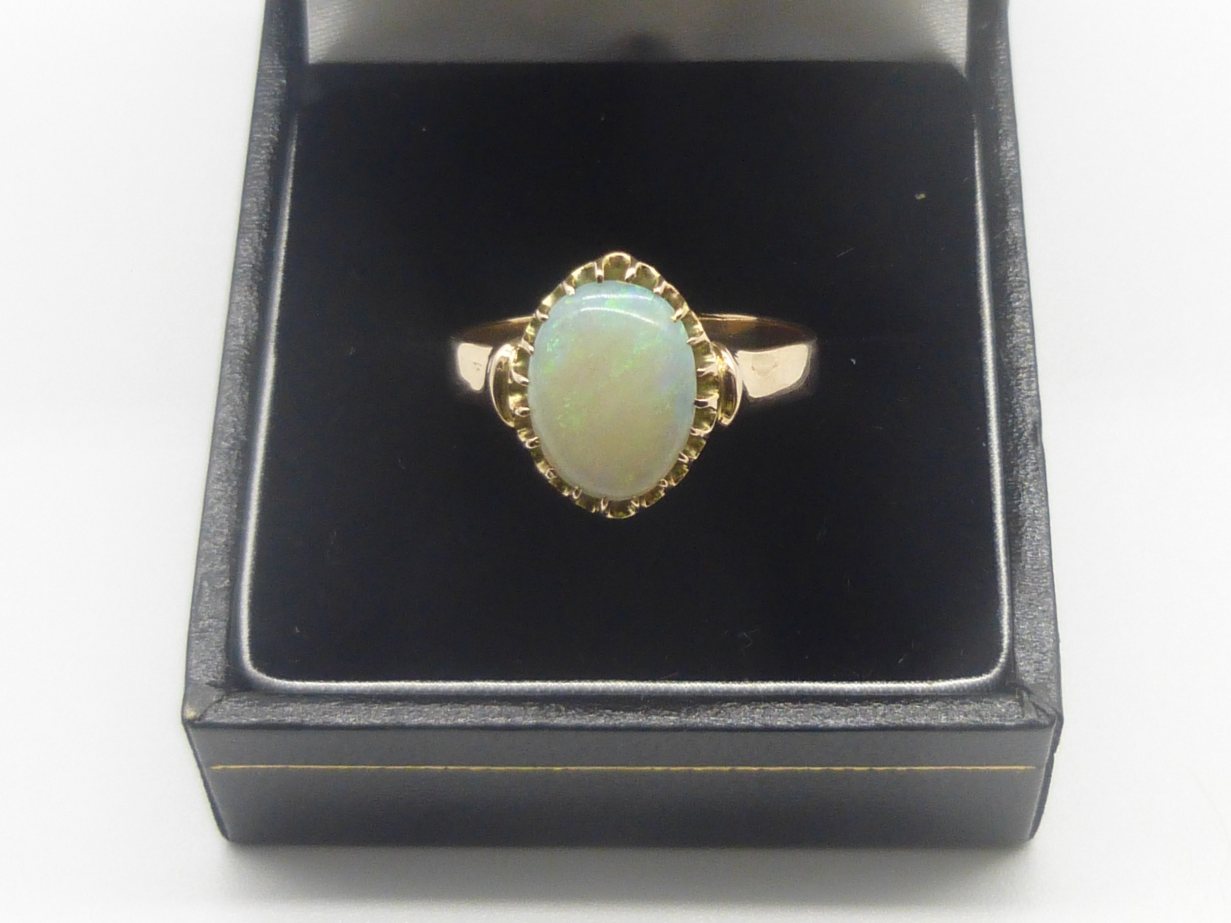victorian gold and opal ring