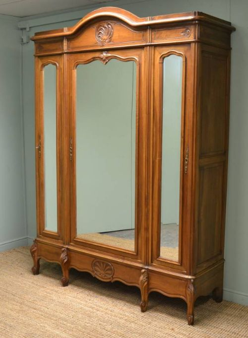 large french decorative walnut antique wardrobe armoire - Large French Decorative Walnut Antique Wardrobe / Armoire. 220500