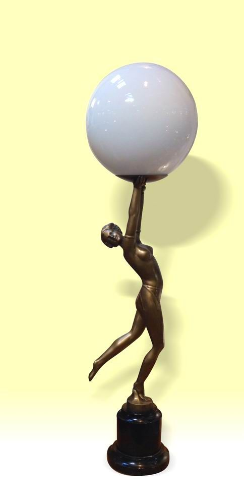Fabulous Large Art Deco Figurine Light Of Beautiful Semi Nude Lady