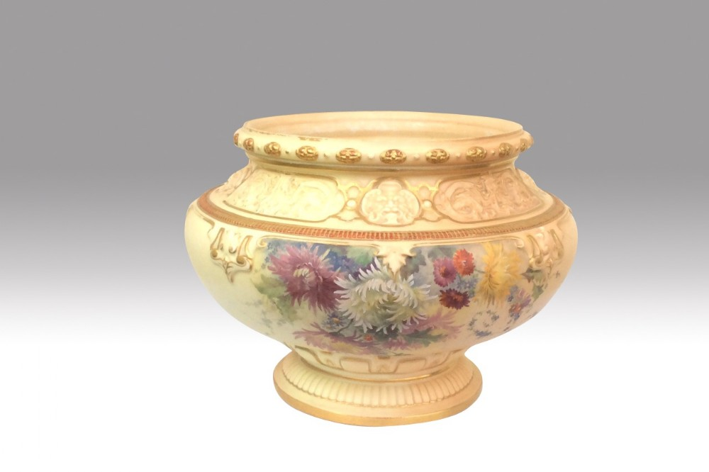 magnificent large antiqueroyal worcester jardiniere hand painted on blush ivory ground