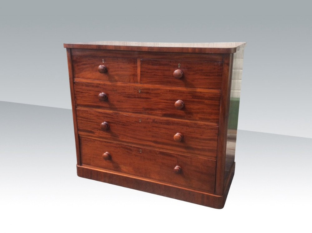 superb quality antique mahogany chest of drawers