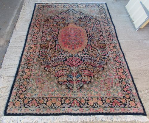 Antique Rugs The Uk S Largest Antiques Website