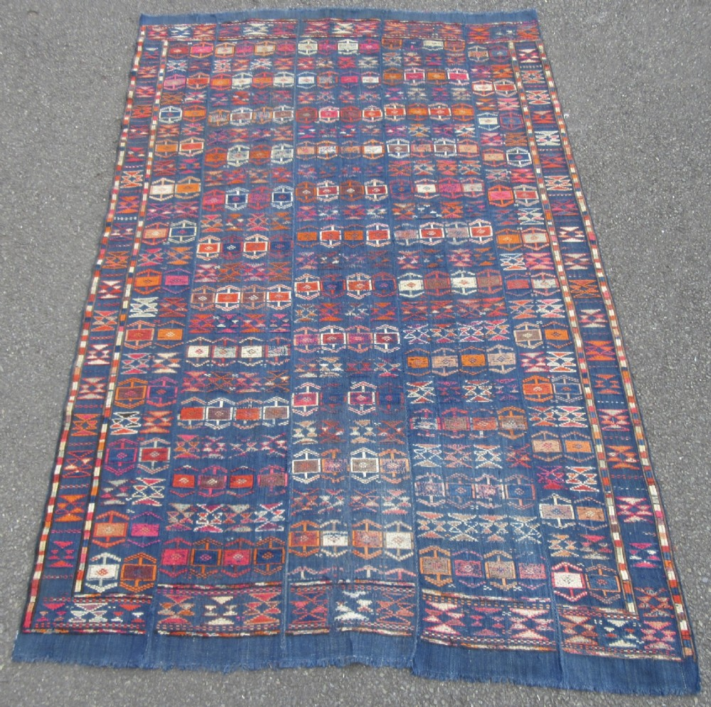 antique country house shabby chic persian veramin cicim kilim kelim flat weave embroidery rug