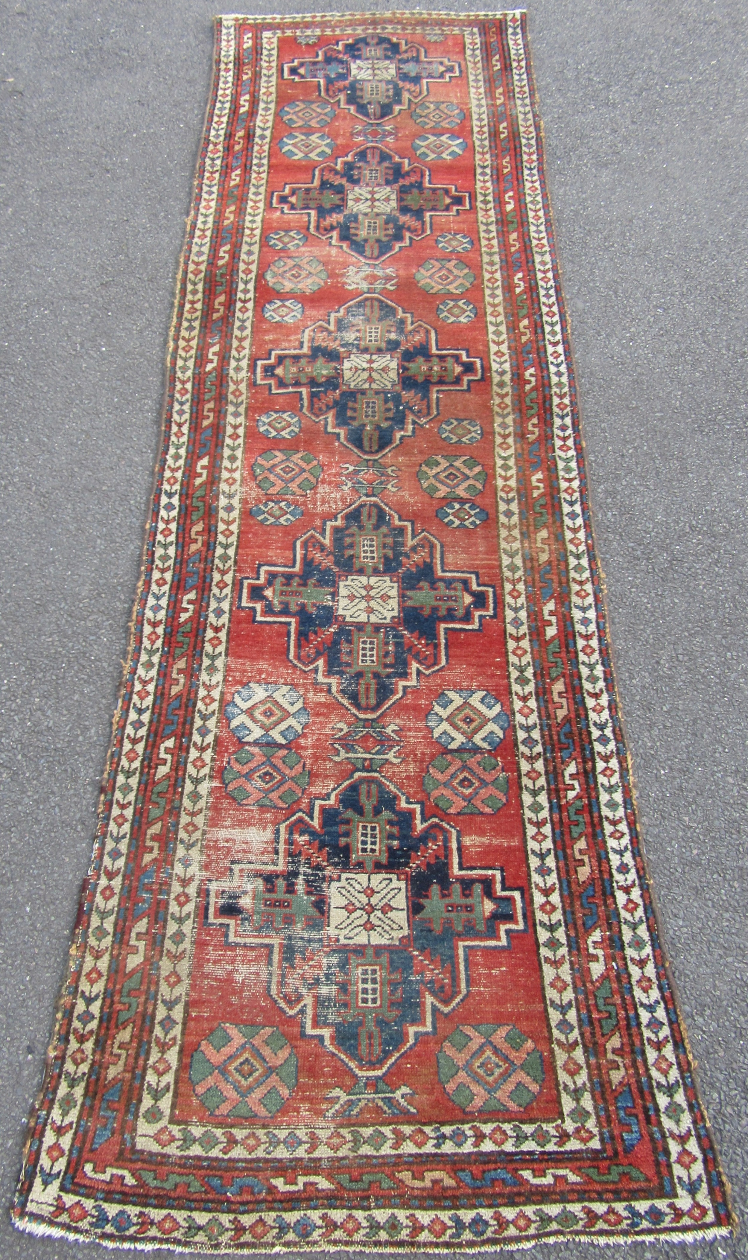 Groovy Antique Country House Shabby Chic North West Persian Runner Home Interior And Landscaping Synyenasavecom