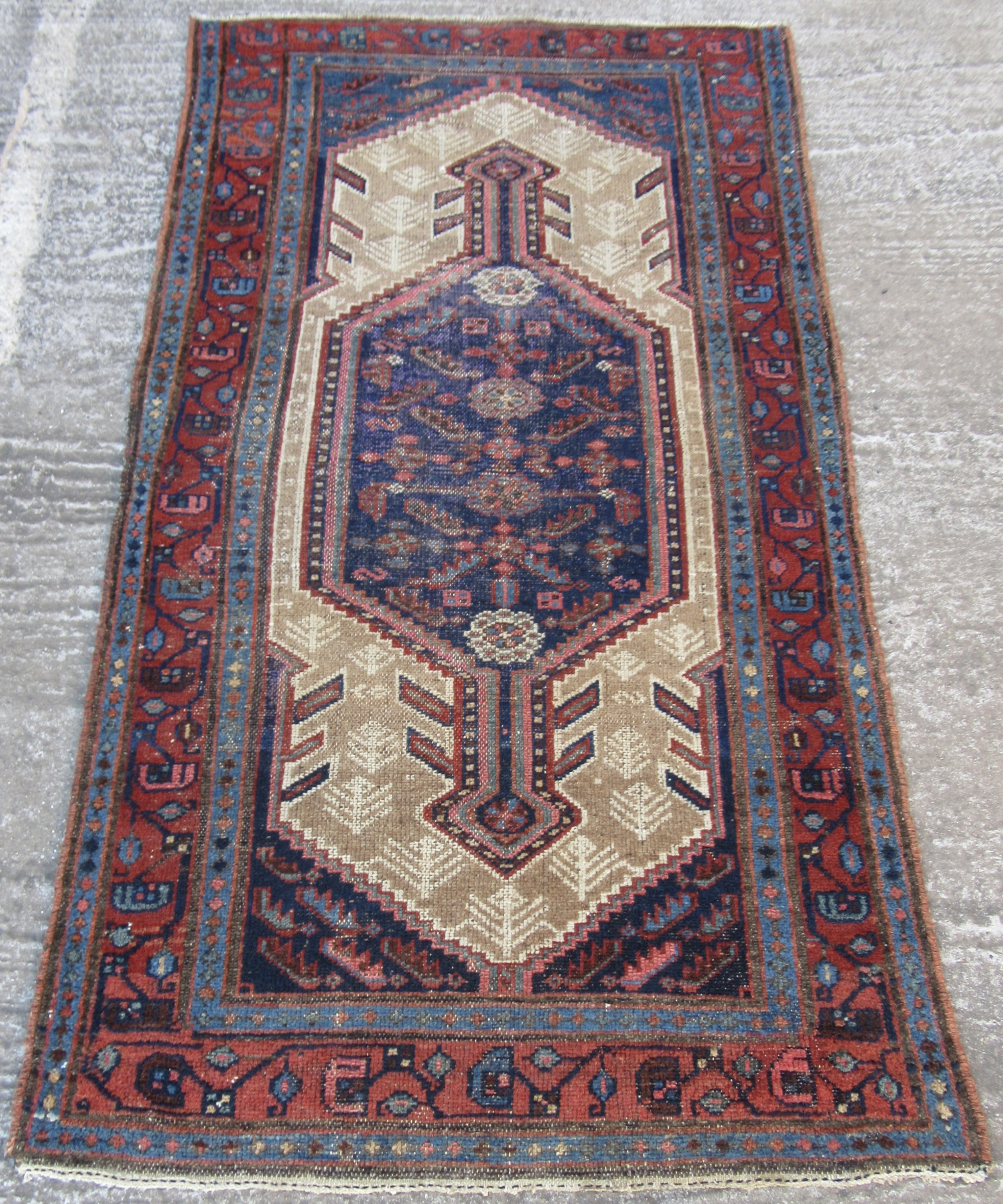 antique country house shabby chic north west persian sarab rug great subtle shabby chic look