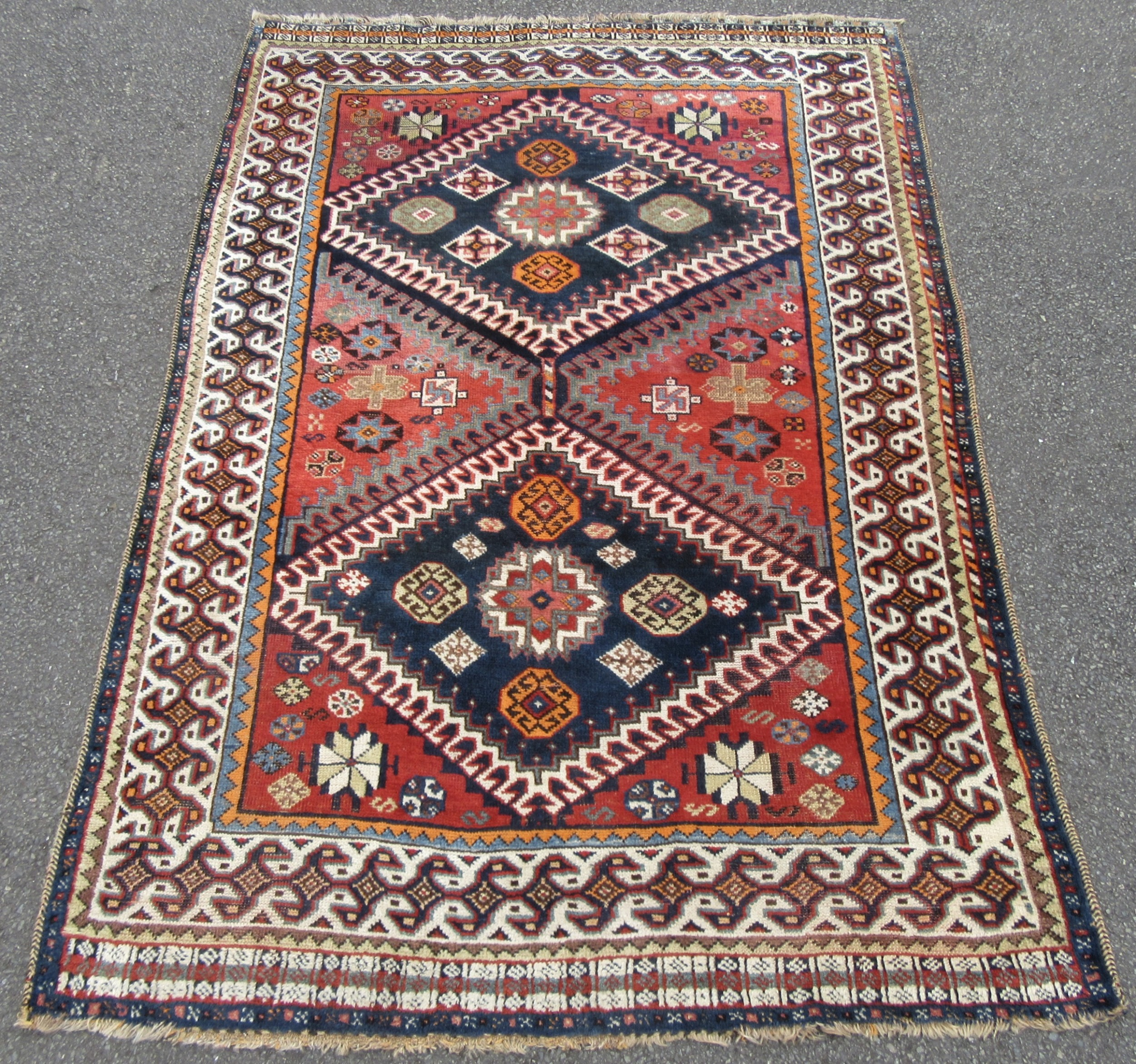 unusual distinctive antique south west persian fars shiraz qashqai region tribal rug