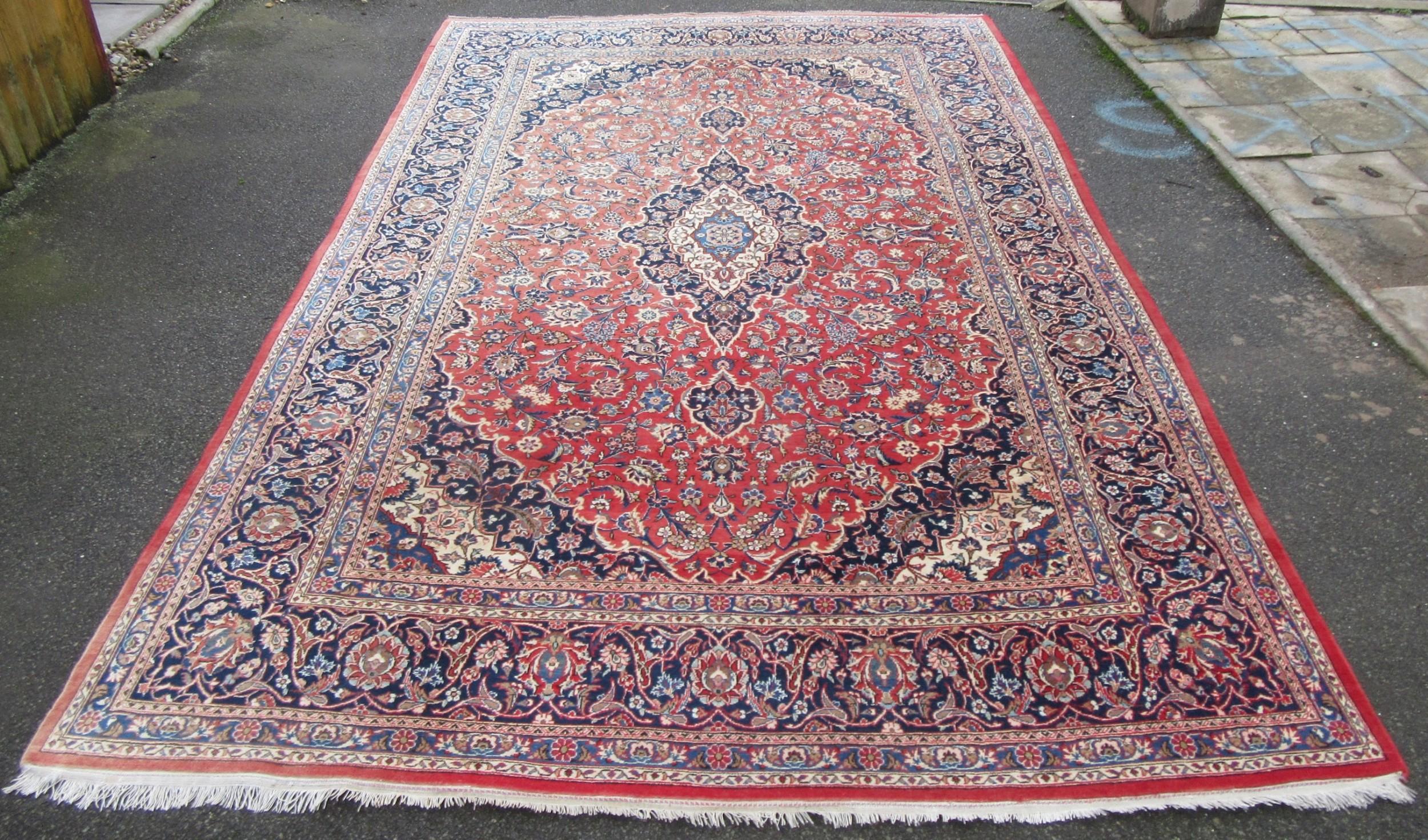 fine antique persian kashan carpet shah abbas pattern room size 369cm x 237cm
