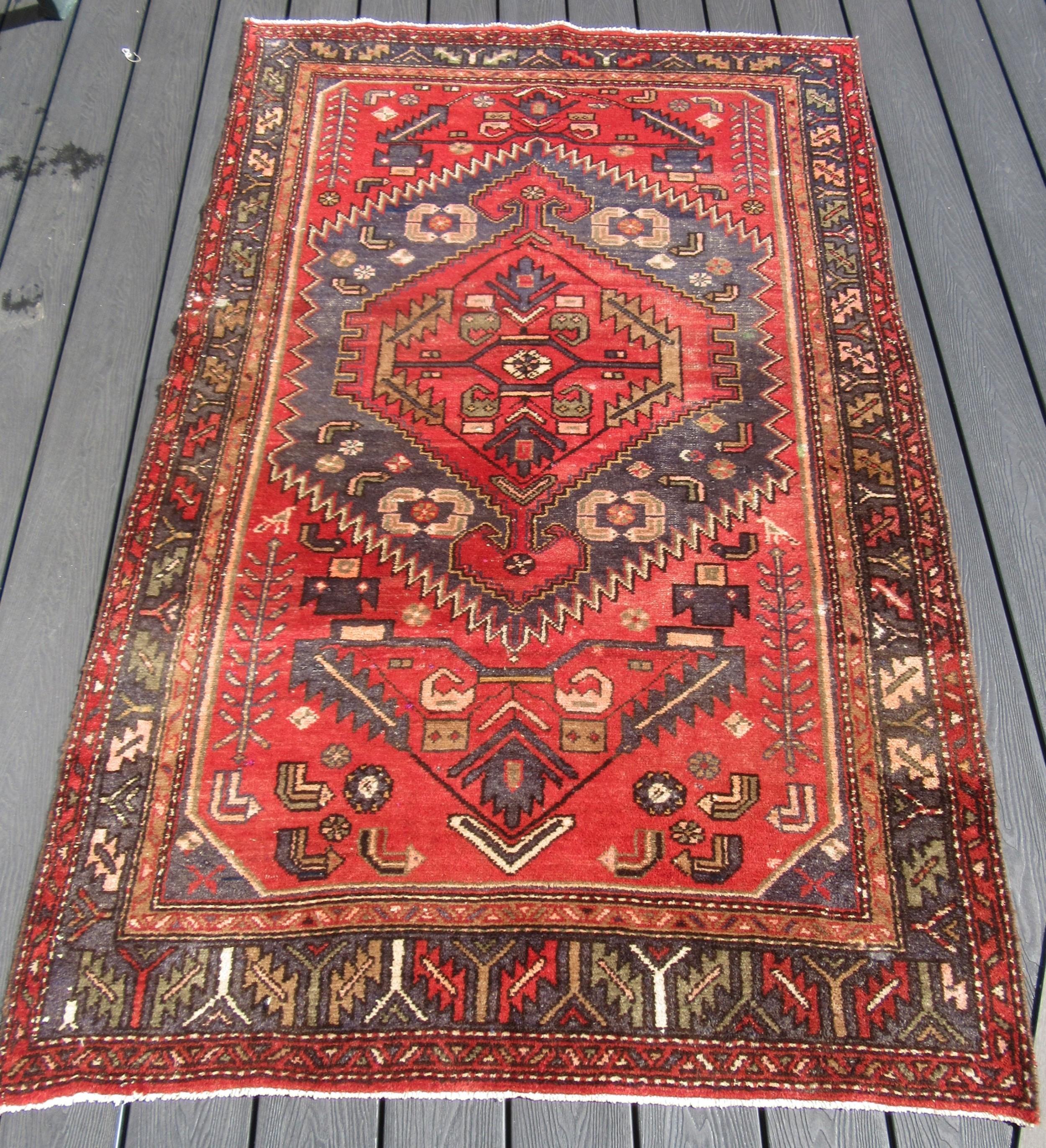 persian hamadan rug pair of small birds