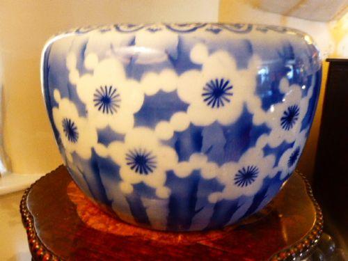19th century japanese blue and white jardiniere