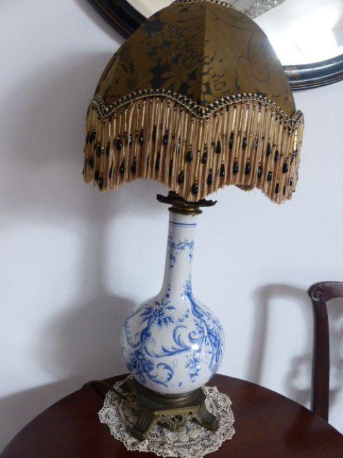 blue and white bottle vase table lamp
