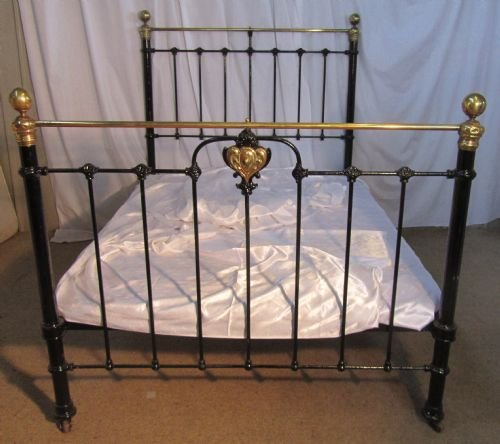 victorian art nouveau brass and iron double bed - photo angle #2