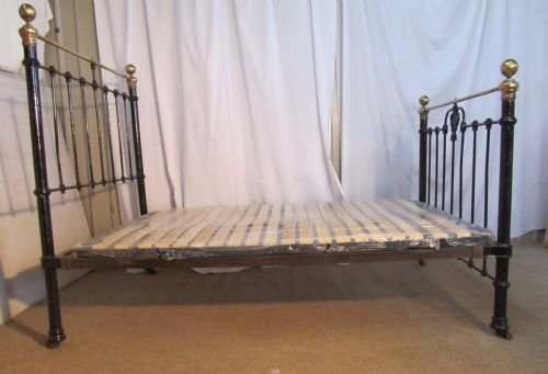 victorian art nouveau brass and iron double bed - photo angle #3