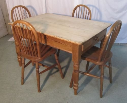 a traditional victorian scrub top pine kitchen table - photo angle #3
