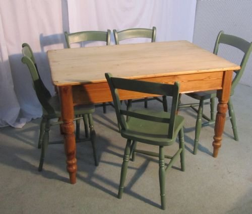 a traditional victorian scrub top pine kitchen table - photo angle #4