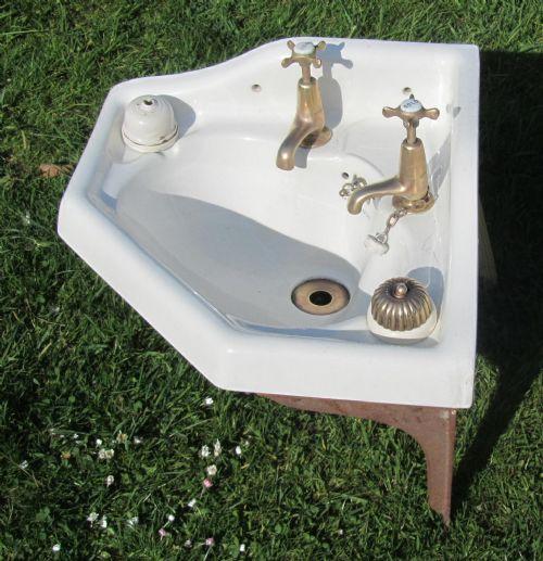 Victorian Corner Sink : ... sinks antique top sinks antique bath sinks antique corner sinks