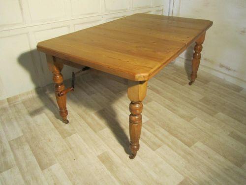 Dealer Elmgarden Full Victorian Pine Extending Dining Table
