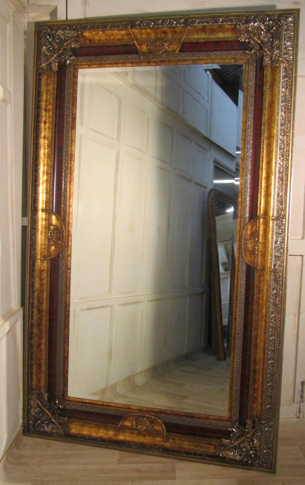 A Very Large Decorative Wall Mirror 240540 Sellingantiques Co Uk