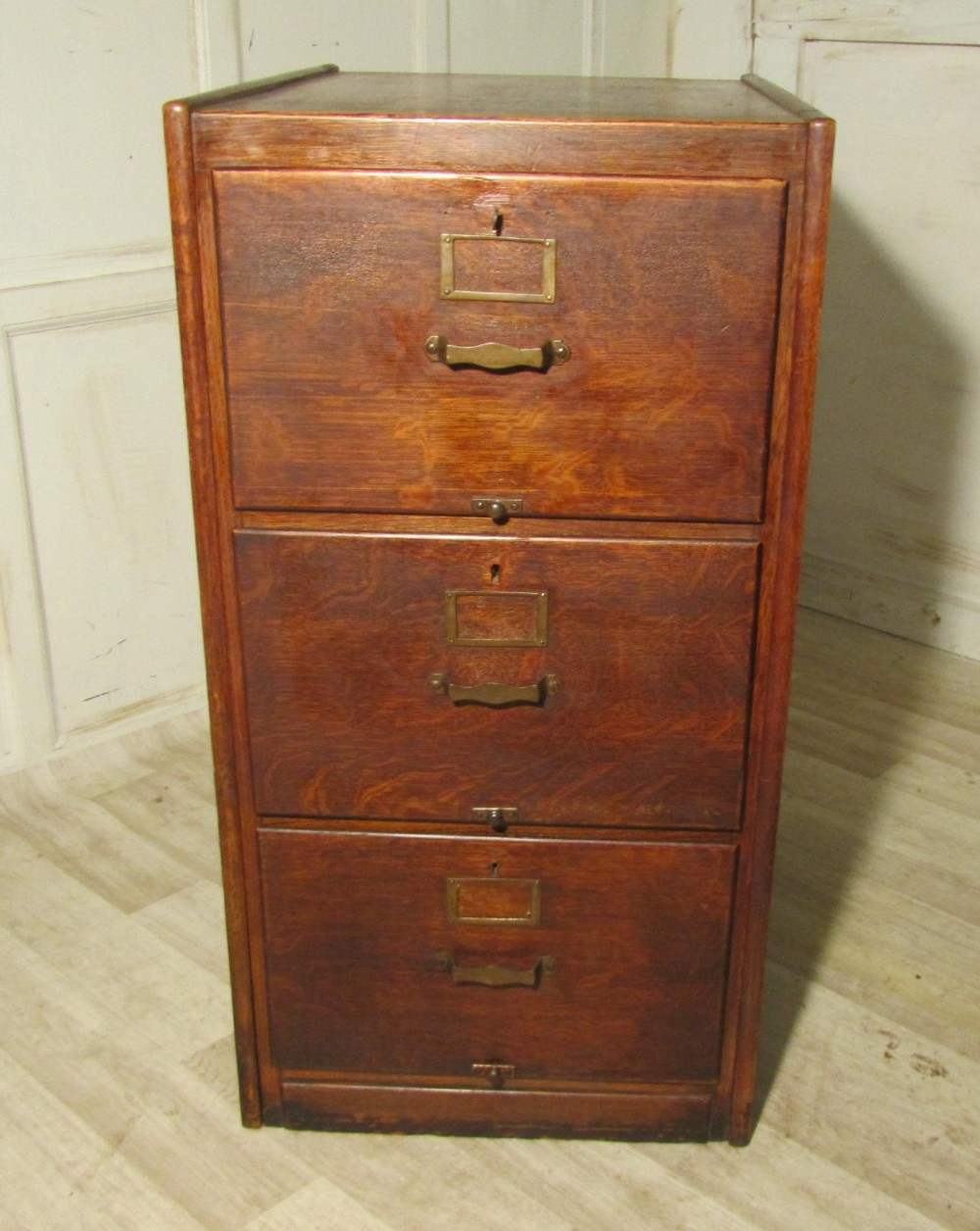 A Large Art Deco 3 Drawer Oak Filing Cabinet | 252511 ...