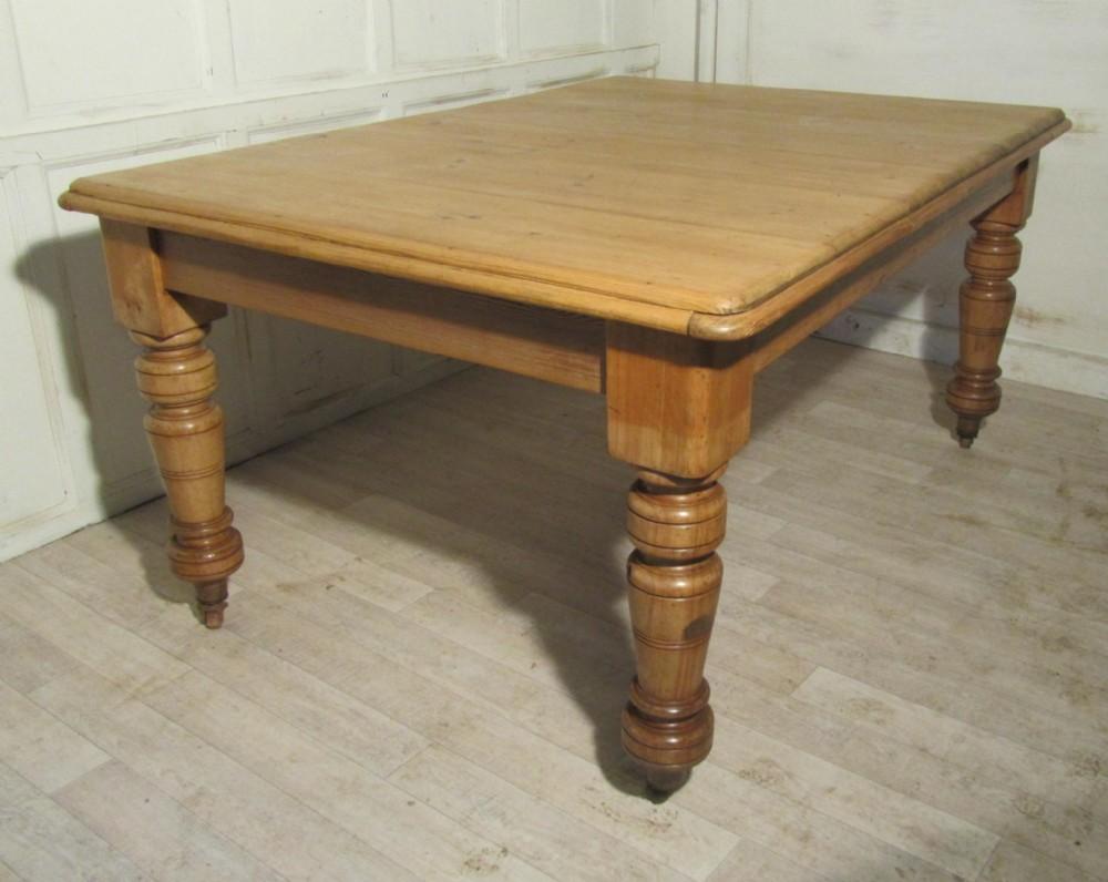 Large Farmhouse Kitchen Table Pine Kitchen Table Winda 7 Furniture