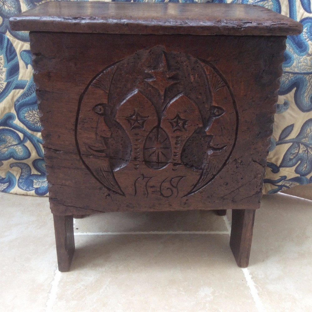 small rare oak 18th century coffer