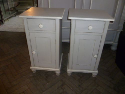 pair of painted antique pine bedside cabinets - Pair Of Painted Antique Pine Bedside Cabinets 212014