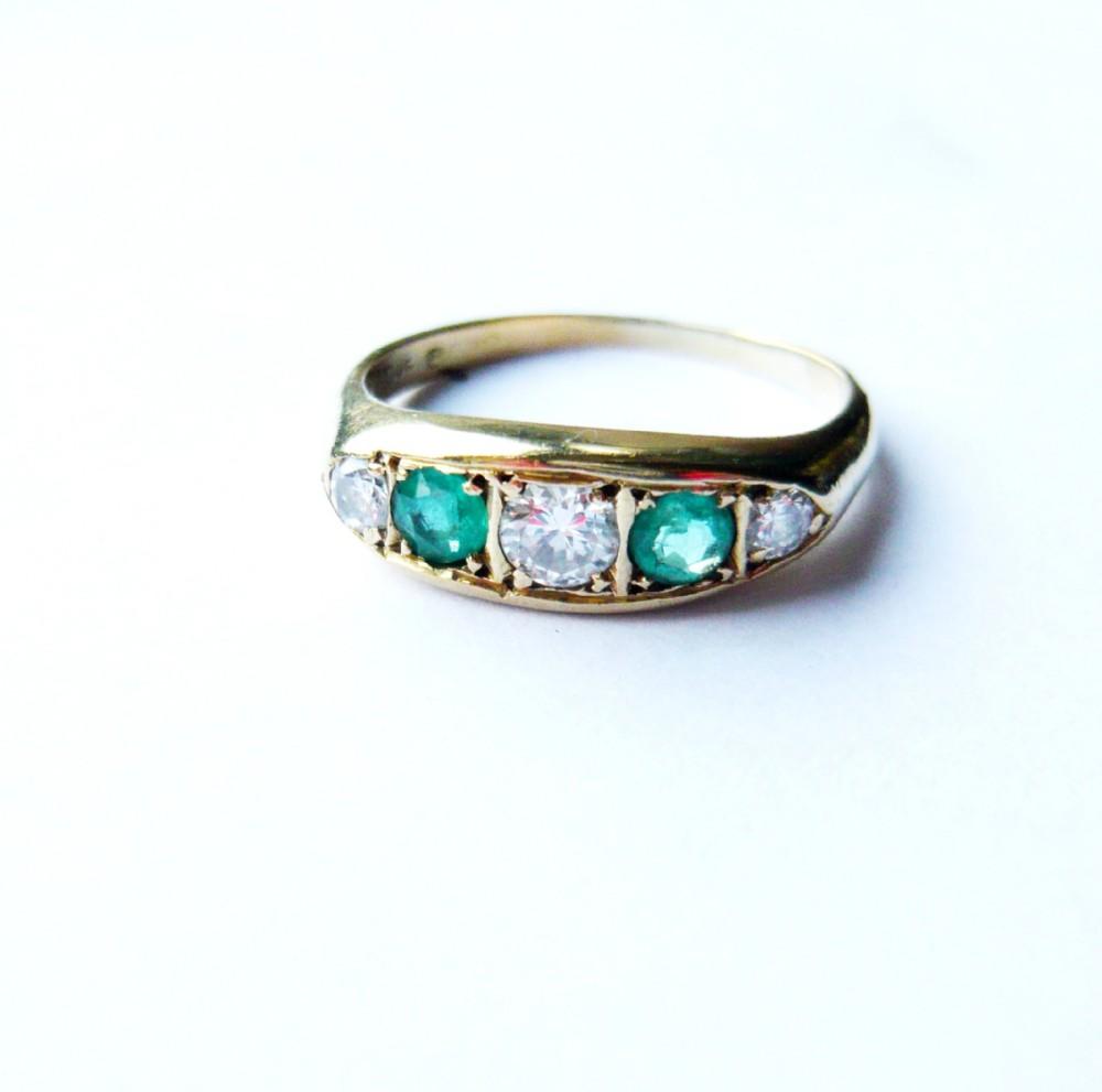 vintage 14kt gold emerald diamond boat ring