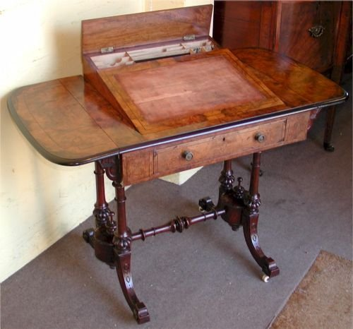 Victorian Figured Walnut Drop Leaf Table Having Pop Up