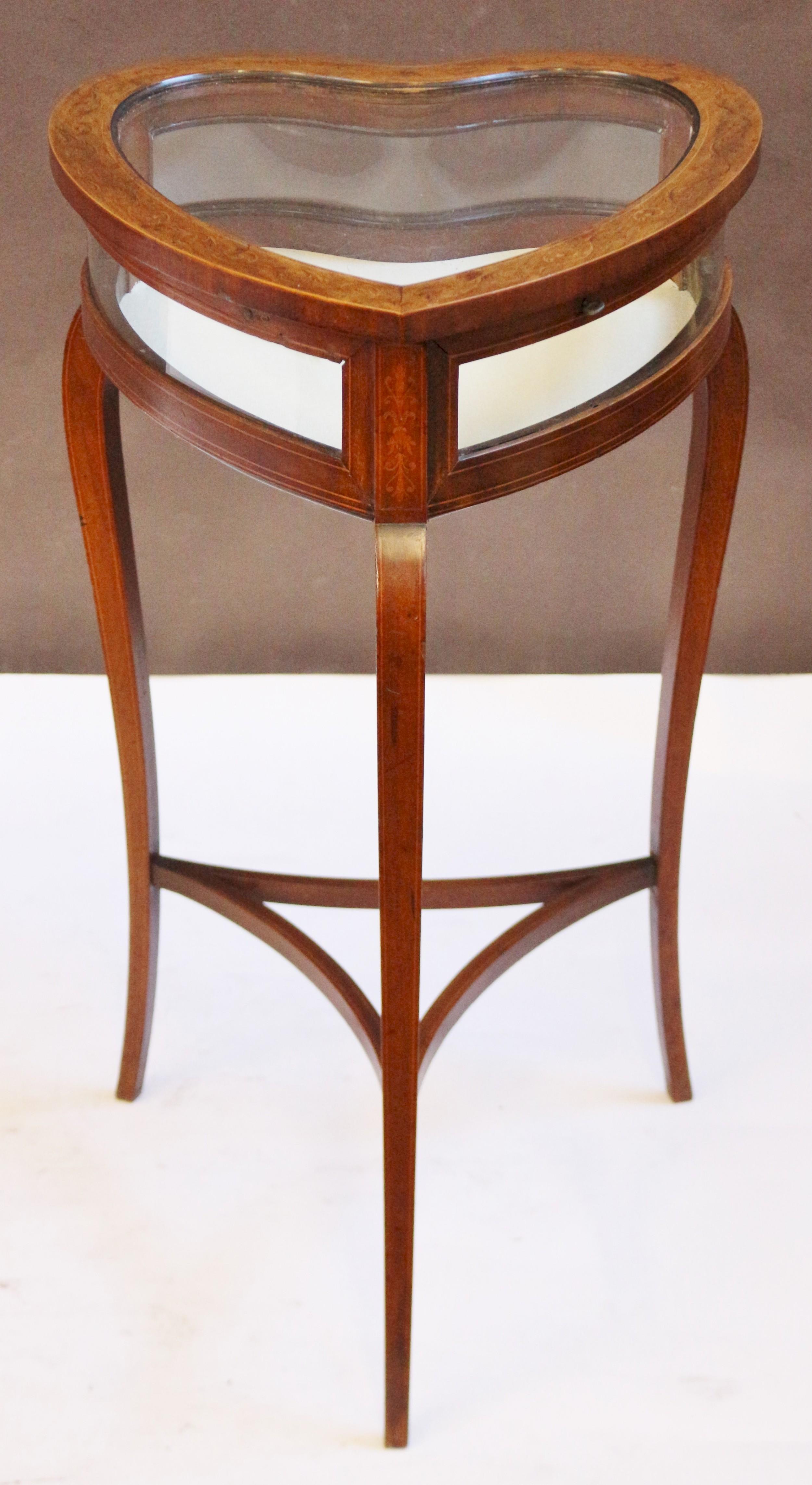edwardian inlaid mahogany heart shaped bijouterie table