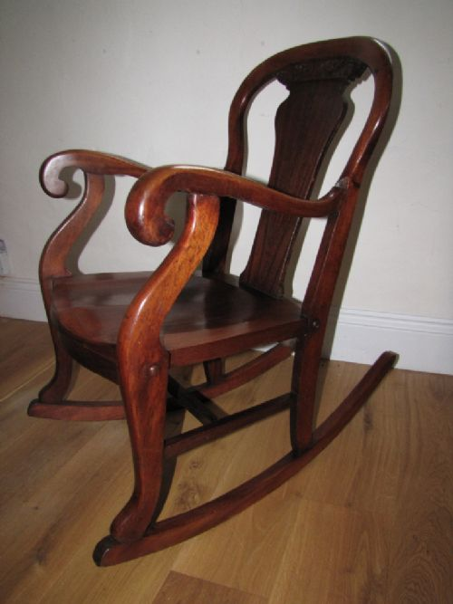 Late 19th Century American Rocking Chair 247667